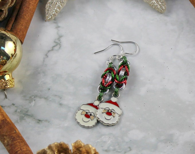 Christmas Chainmaille Dangle Earrings, Christmas Earrings, Holiday Dangle Earrings, Christmas Dangle Earrings, Holiday Earrings