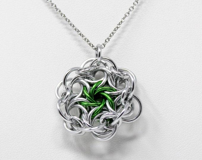 Dark Green Moorish Rose Pendant Necklace
