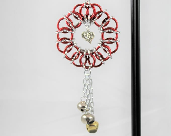 Valentine's Wreath Ornament - Chainmaille Ornament - Bell Ornament