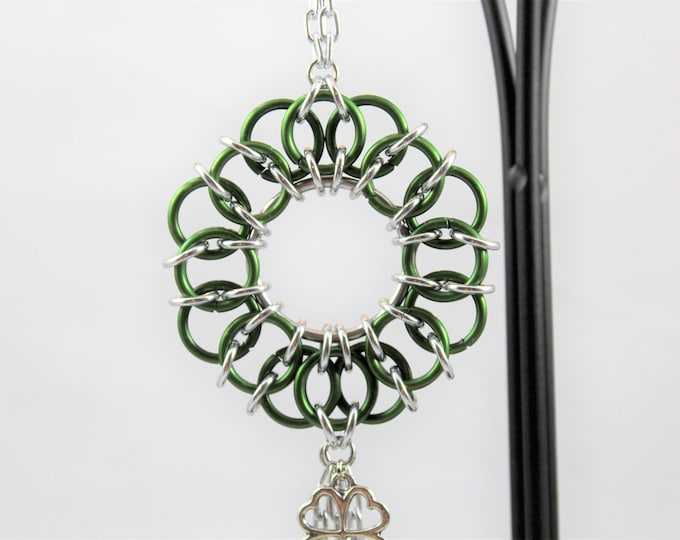 St Patrick's Wreath Ornament - Chainmaille Ornament - Bell Ornament