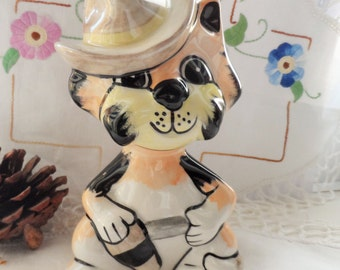LORNA BAILEY Ceramic Pottery Cowboy Cat ~ The Duke ~ based on John Wayne