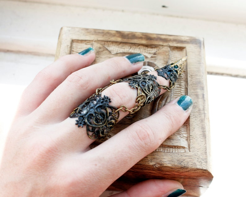 Full finger claw ring  adjustable witch claw  hand armour  image 0