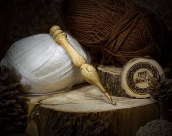 Crochet hook 4.5 mm of 100% natural siberian ELM WOOD for knitting for yarn #K19