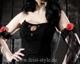 Schwarzes Hochzeitskleid von Lucardis Feist