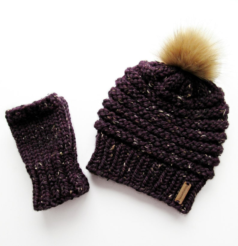 1724d21c597 Chunky Knit Hat and Fingerless Gloves Set Faux Fur Pom Pom