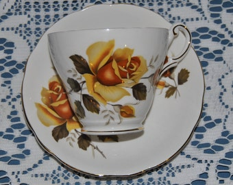 Beautiful Vintage, Regency, Large Yellow Roses, Fine Bone China Teacup And Saucer