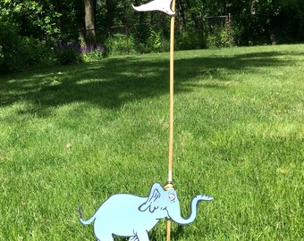 Dr. Seuss Oh the Places You'll Go Elephant with Flag Party Decoration