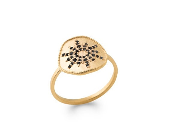 Gold ring for woman with sun in black zirconium, geometric ring dainty and minimalist, everyday ring, christmas gift