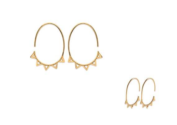 Gold plated Oval earrings with triangles, geometric earrings for woman, elegant and minimalist earrings, everyday earrings