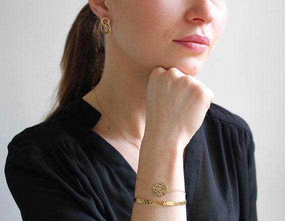Gold bangle bracelet for woment, minimalist bracelet, bracelet chain adjustable thin and dainty, layered bracelet easy to wear everyday
