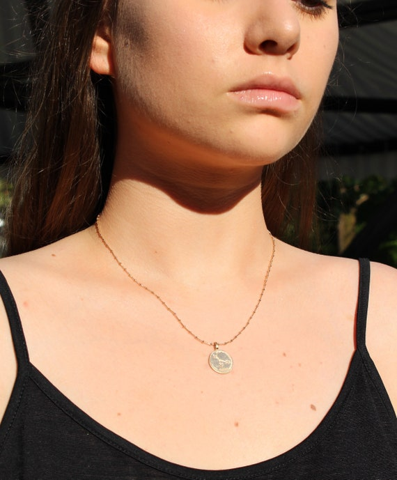 Gold necklace for woman with zodiac sign, thin and dainty