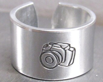 Custom Rings, Camera Ring, Camera Jewelry, Photographer Gifts, Custom Rings, Photographer, Engraved Ring, Photographer Jewelry
