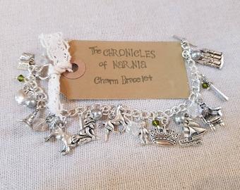 The Chronicles of Narnia Charm Bracelet, Narnia bracelet, Narnia themed bracelet, Narnia jewelry, Narnia jewellery, Narnia charms