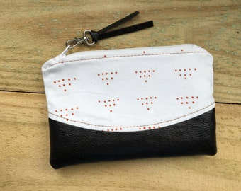 Curved Zippy Pouch • White & Copper