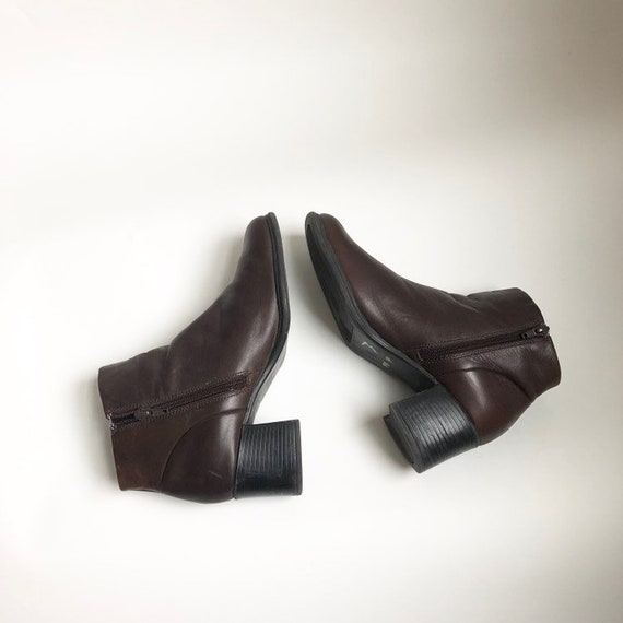 brown genuine leather ankle boots with chunky heel vintage size 8