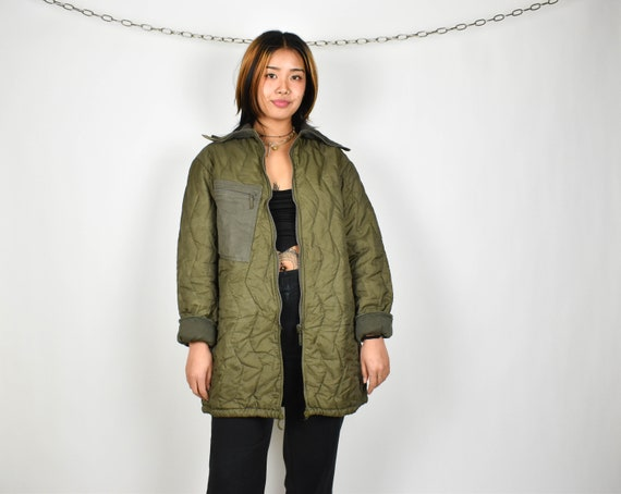army green liner jacket // quilted army liner jack