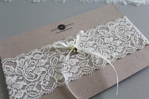 Ivory soft lace garter