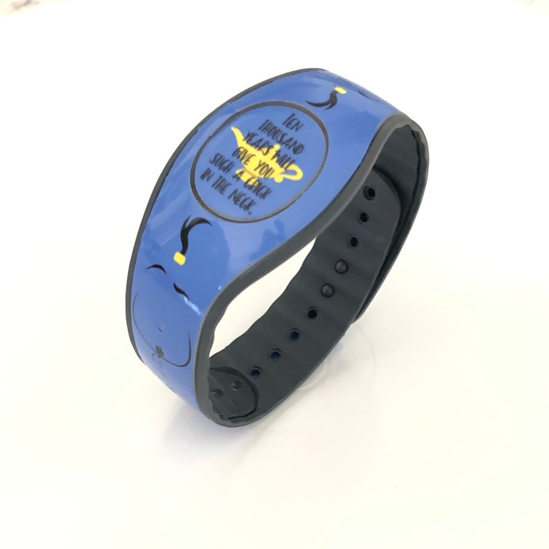 Adult /& Child Band with Glitter or Glow In the Dark Vinyl Magic Band Skin Love Dogs Decal for Disney MagicBand 2 Avail