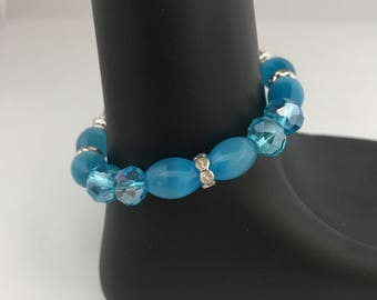 Blue bead bracelet, blue bracelet, beaded bracelet, aqua bracelet, aqua bead bracelet