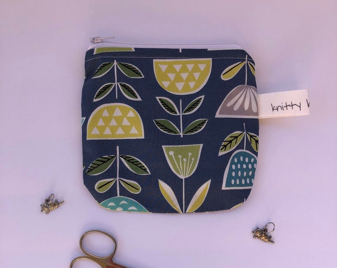 Notions Pouch, fabric pouch, coin pouch, zipper pouch