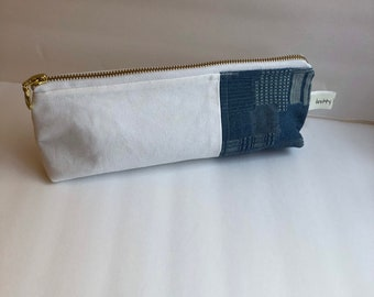 Needle keeper, knitter gift, gift for knitter, zipper pouch, scissor pouch, needle pouch, coin pouch