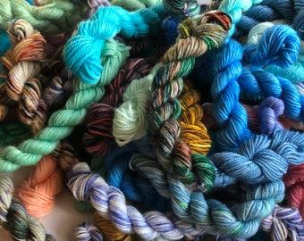 Mini Skeins, wool yarn, wool nylon yarn, fingering tartan, mini skeins, sock blanket yarn, sock blanket, scrappy knitting, hand dyed minis
