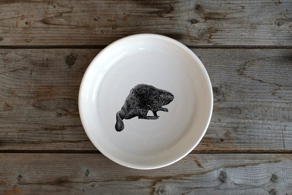 Handmade Porcelain shallow bowl/pasta bowl with North American beaver drawing by Cindy Labrecque, Canadian Wildlife collection