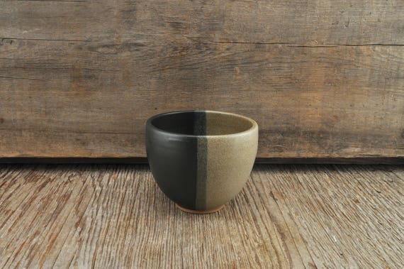 Two-tone satine glaze stoneware coffee / tea cup