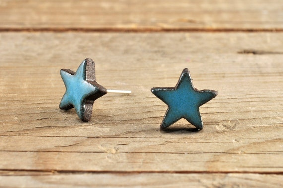 MINI glossy turquoise star stoneware stud earrings