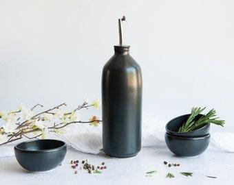 Porcelain oil/vinegar dispenser black / white // satin / glossy finish
