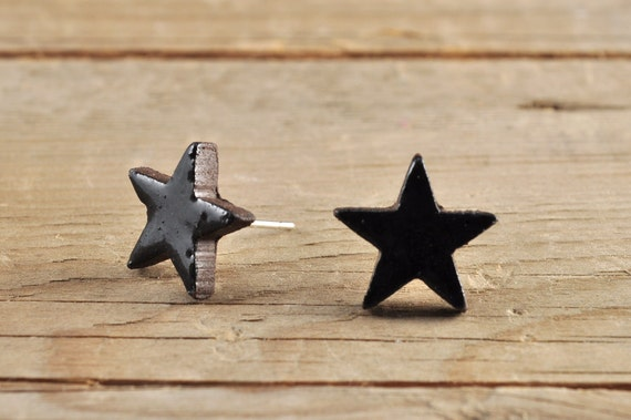 MINI glossy black star stoneware stud earrings
