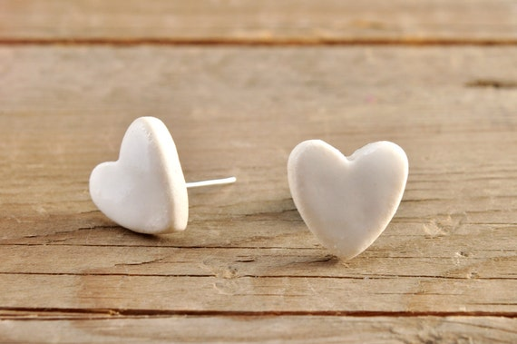 SMALL glossy white heart shape stoneware stud earrings