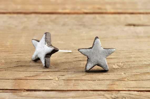 MINI matte white star stoneware stud earrings
