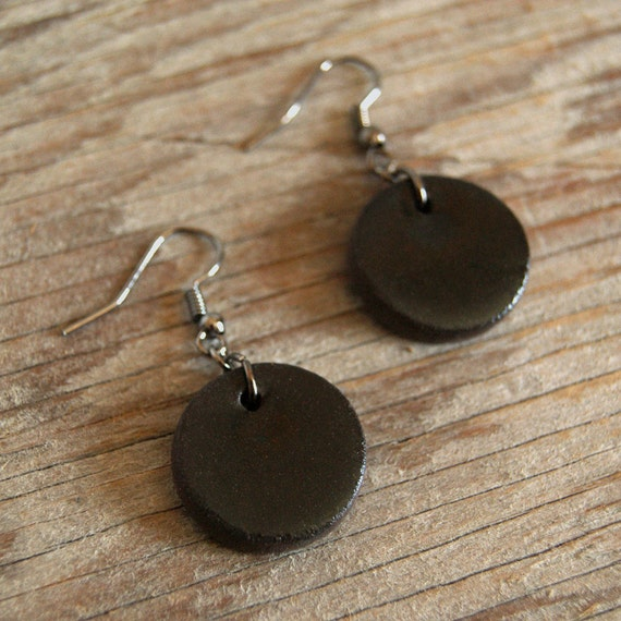 MEDIUM glossy black round stoneware drop earrings
