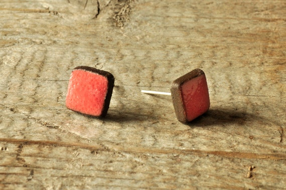 MINI glossy coral square stoneware stud earrings