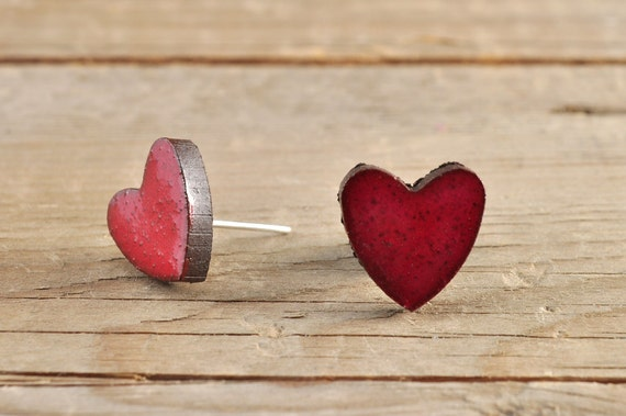 SMALL glossy red heart shape stoneware stud earrings