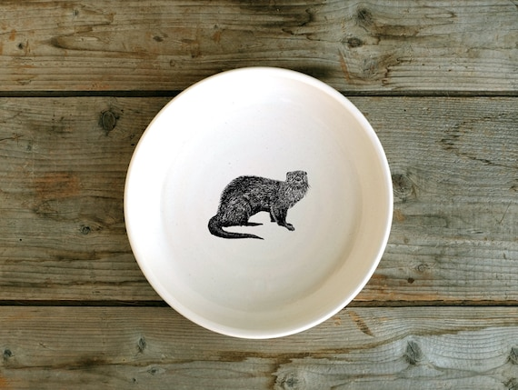 Handmade porcelain shallow bowl/pasta bowl with river otter drawing by Cindy Labrecque, Canadian Wildlife collection