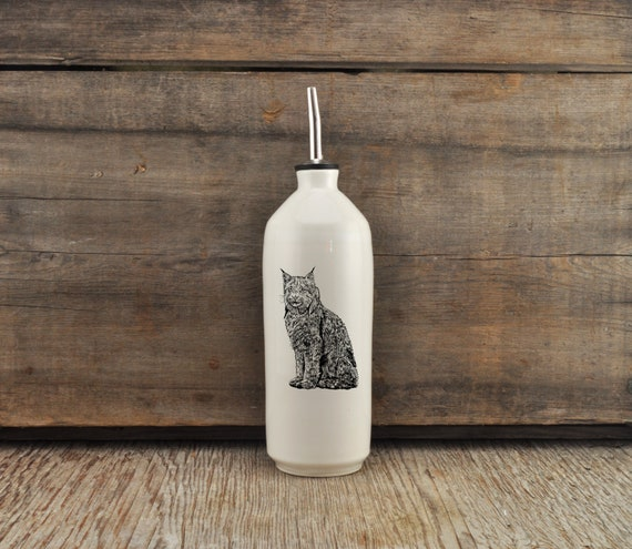 Handmade white glossy porcelain cruet with lynx drawing by Cindy Labrecque, Canadian Wildlife collection