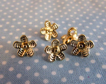 9mm Gold Flower Shaped Buttons