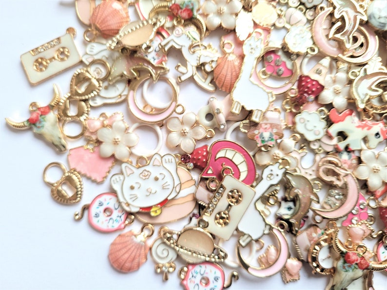 5102050100pcs Pink and white mix of charms kawaii charms craft supplies