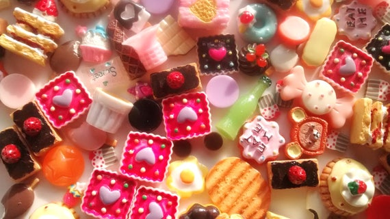 5//10//20//50pc strawberry gingerbread candy cabochons DECODEN sweets Fake candy