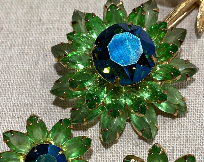 1950s Prong Set Flower Brooch and Clip-on Earrings