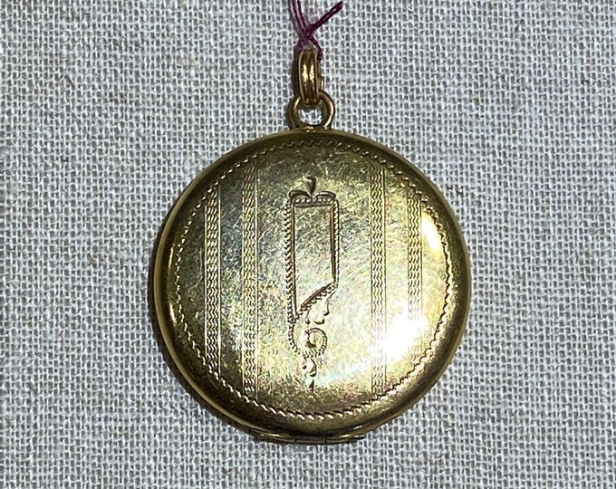 1920s D and L Engraved Gold Filled Locket