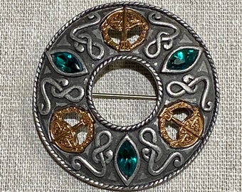 Signed Miracle Celtic Style Brooch With Green Stones