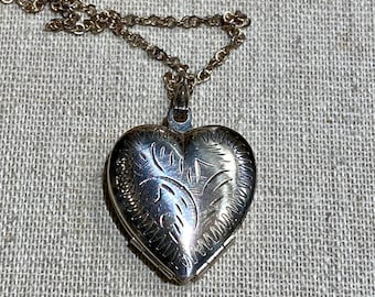 Etched Japan Silver Plated Trifold Heart Locket on Chain