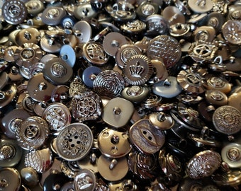 10 Gold Colored Buttons #LMSB-00134