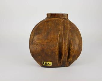 Brown Schaffenacker vase