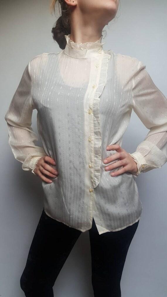 White vintage blouse made by Primavera Firenze ru… - image 2