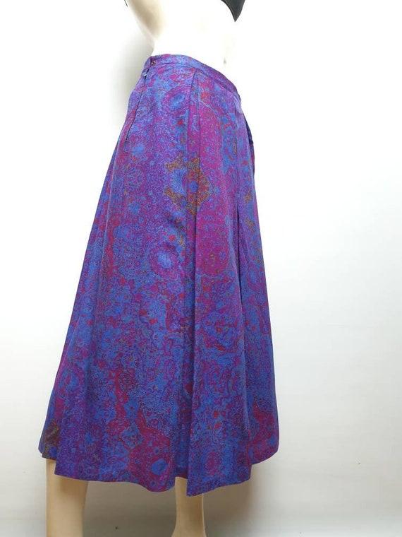 Vintage 40s light wool skirt purple paisley print