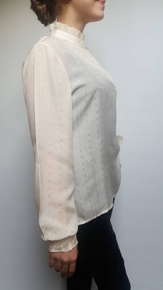 White vintage blouse made by Primavera Firenze ru… - image 1